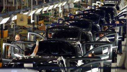 A Dacia részben újraindította a termelést a mioveni-i üzemben