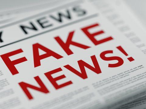 Milliókat keresnek a hamis hírportálok