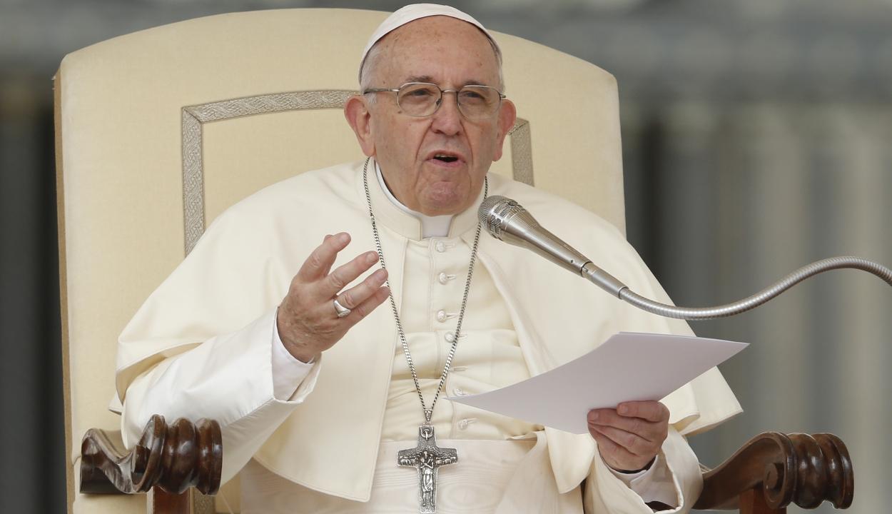 Ferenc pápa: az egyház tagjainak bűnei miatt nem az egyházat kell elpusztítani