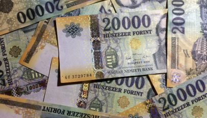 Filmbe illő trükkel csalt ki pénzt egy romániai férfi Magyarországon