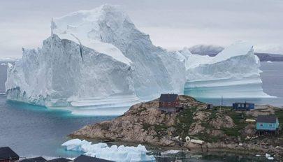 Több mint tízmilliárd tonna jég olvadt el egyetlen nap alatt Grönlandon