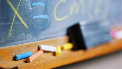 Tanügyminisztérium: a tanárok a technológia eszközeinek segítségével tartsák a kapcsolatot a diákokkal