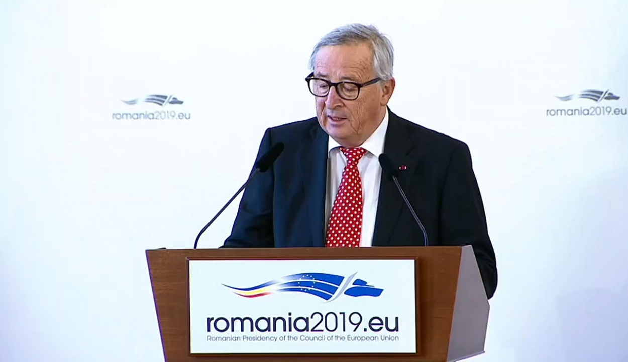 Juncker: Romániának helye van a schengeni övezeten belül
