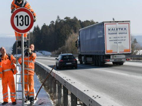 Sebességkorlátozást vezethetnek be a német autópályákon a klímaváltozás miatt