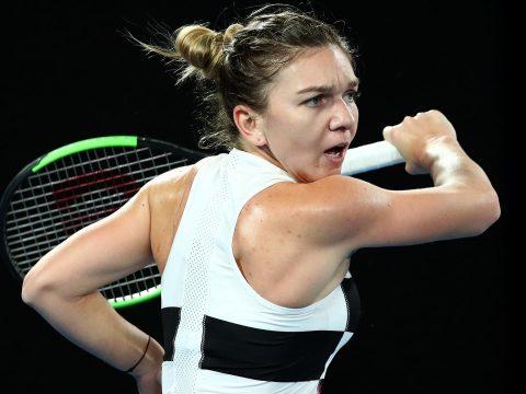 Kiesett Simona Halep az Australian Open nyolcaddöntőjében