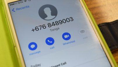 Újra támadnak a külföldi számról hívó telefonos csalók