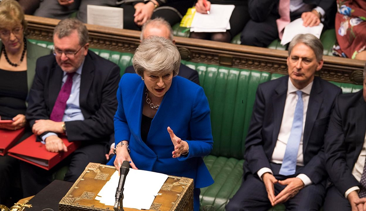 FRISSÍTVE: Theresa May szerint Nagy-Britannia július végéig kiléphet az EU-ból