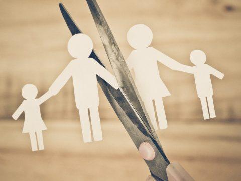 Négy esküvőre egy válás jutott tavaly Kovászna megyében