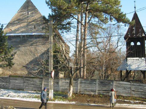 Közös templom, külön harang