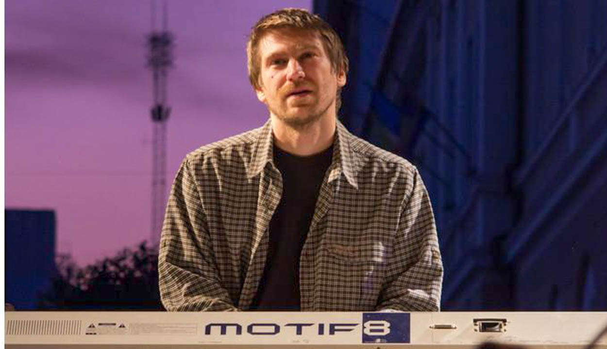Zenetanár a színpadon
