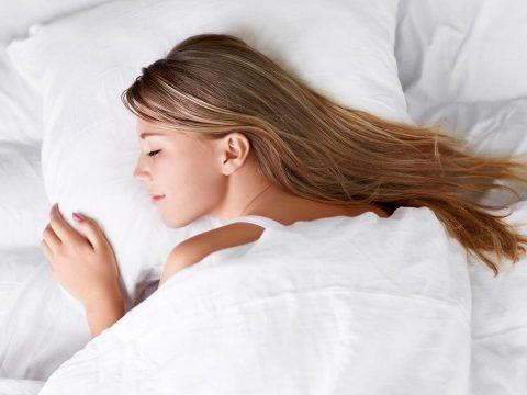 A túl sok és a túl kevés alvás is ront a memórián és a reakcióidőn