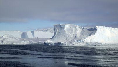 A véltnél gyorsabban emelkednek a tengerszintek a jégolvadás miatt
