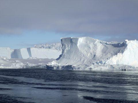 Az eddigi legkisebbre zsugorodott az Antarktika körüli tengeri jég