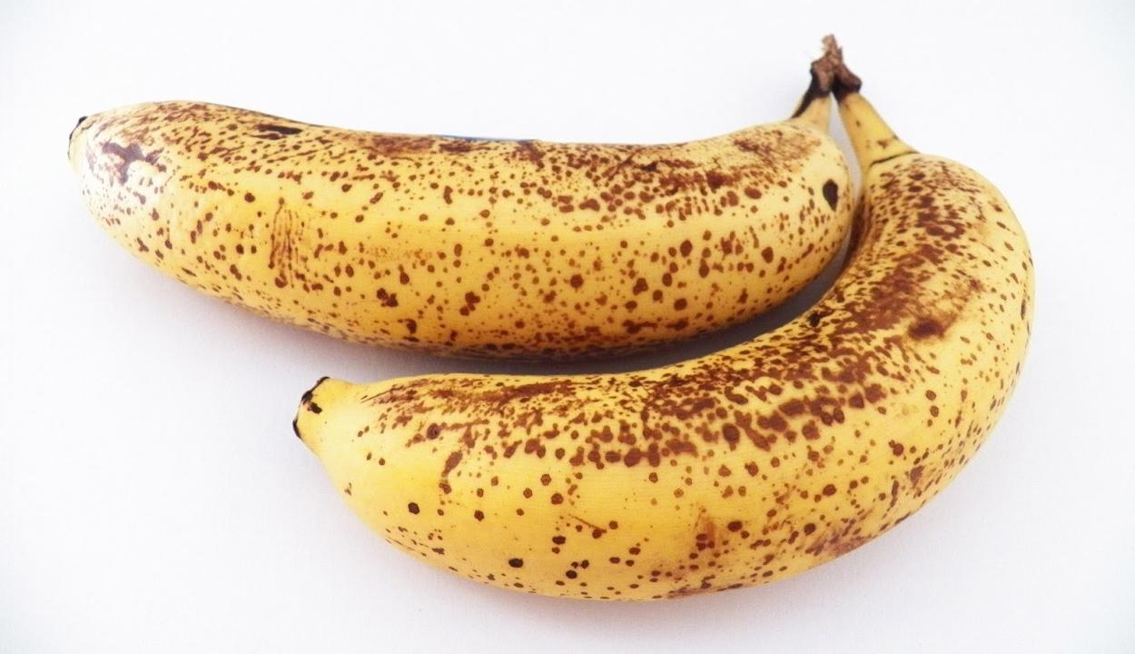Miért barnul meg a banán?