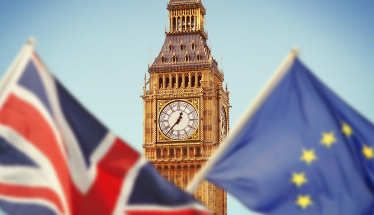 Brexit: aláírták az új megállapodást az Egyesült Királyság kiválásának feltételeiről