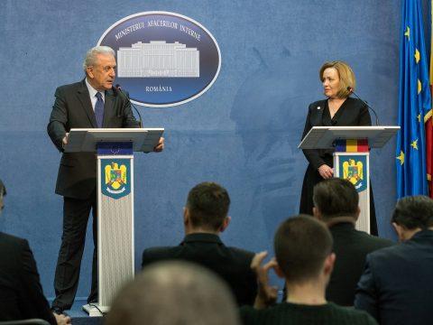 EU-biztos: Romániának csatlakoznia kell a schengeni övezethez