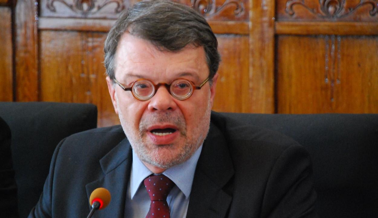 Lemondott az Állandó Választási Bizottság elnöke