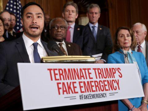 Az amerikai képviselőház semmisnek mondta ki a rendkívüli állapot kihirdetését
