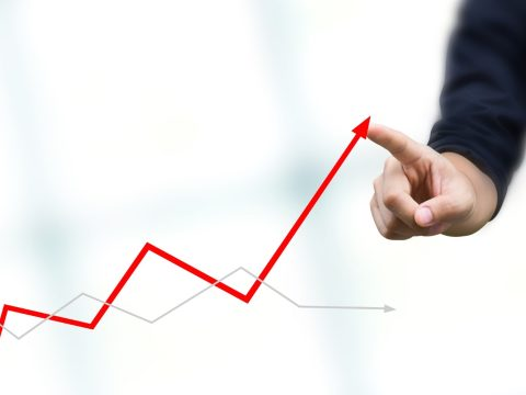 Csökkent a költségvetési hiány és az államadósság az EU-ban, kivéve Romániában
