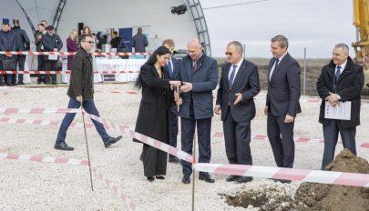 Moldovában elkezdték építeni a román-moldáv gázvezeték második szakaszát