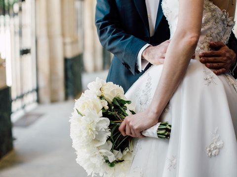 Várhatóan még hónapokig nem lehet több száz fős esküvőket tartani