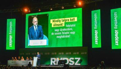RMDSZ-kongresszus: újra elnökké választották Kelemen Hunort