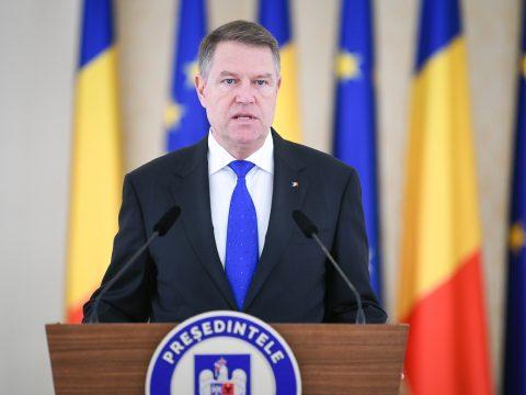 Johannis: a PSD-kormánynak mennie kell