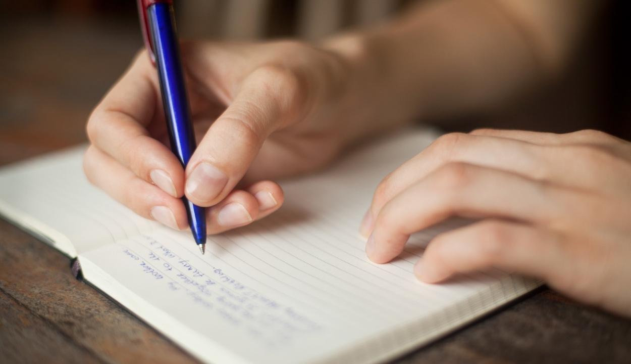 Növeli az intelligenciánkat, ha gyakran leírjuk az érzéseinket