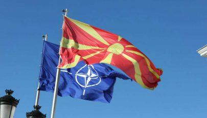 """""""Észak-Macedónia"""" aláírta a NATO-csatlakozásról szóló jegyzőkönyvet"""