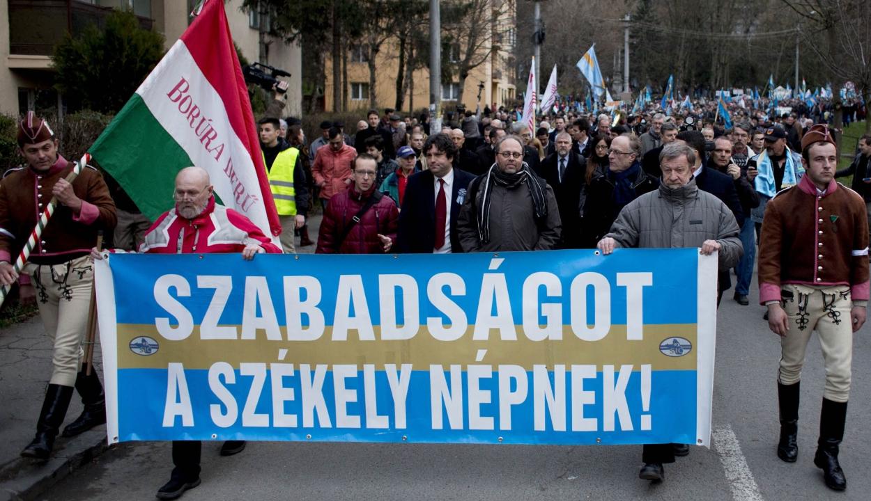 A román EU-elnökség mottójára hivatkozva hívja demonstrálni híveit az SZNT