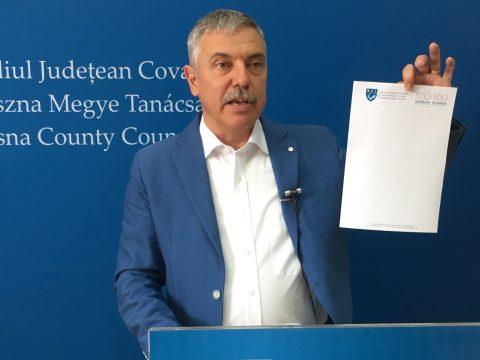Ismét elutasította a bíróság a Kovászna megyei önkormányzat többnyelvű fejléces papírjának betiltását