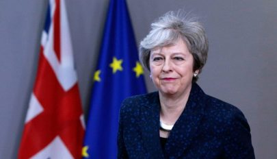 FRISSÍTVE: Brexit: May hivatalosan kérte a Brexit halasztását június 30-áig