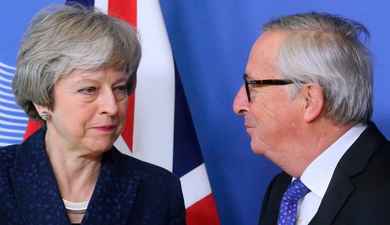 Brexit: Juncker és May a tárgyalások folytatásáról állapodott meg Brüsszelben