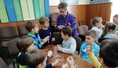 Kokárdakészítő műhely gyermekeknek