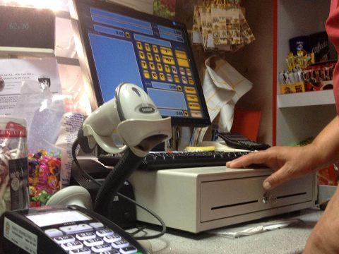 Akadozik az adóhatóság informatikai rendszere
