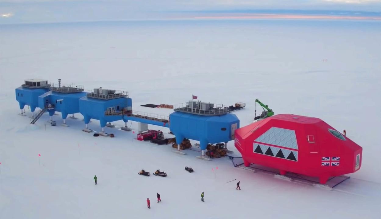 Tengerbe szakadhat, ezért kiürítették az antarktiszi brit kutatóbázist