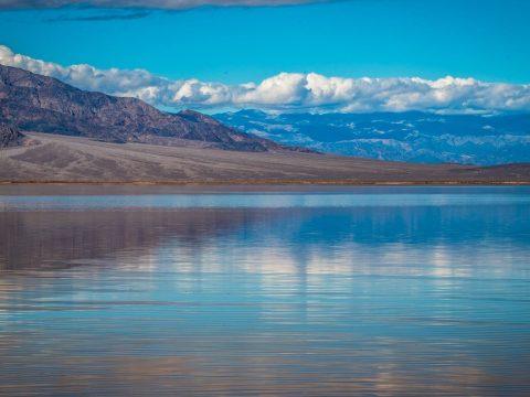 Hatalmas tó jelent meg a világ egyik legszárazabb sivatagában