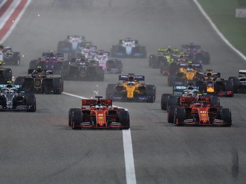 Forma-1: Hamilton győzött Bahreinben