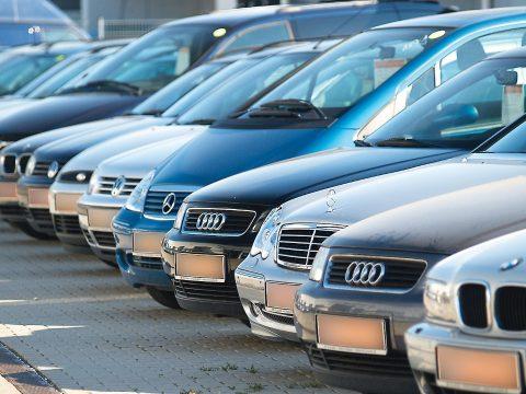 Felmérés: az idén értékesítésre kínált használt autók több mint felének rejtett hibája volt