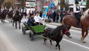 Az orbaiszéki lovasok adták a kovásznai ünnepség sava-borsát