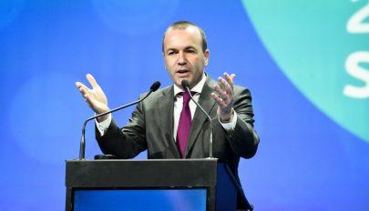 Bukarestből üzent Manfred Weber a Fidesznek