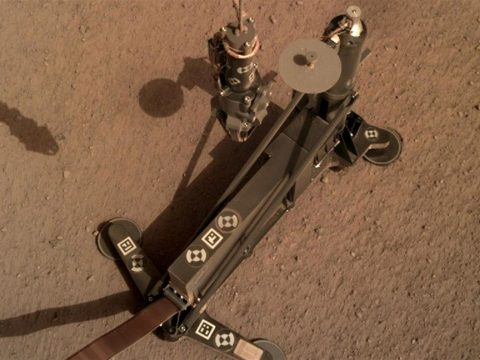 Megkezdte a fúrást a Marson az InSight űrszonda