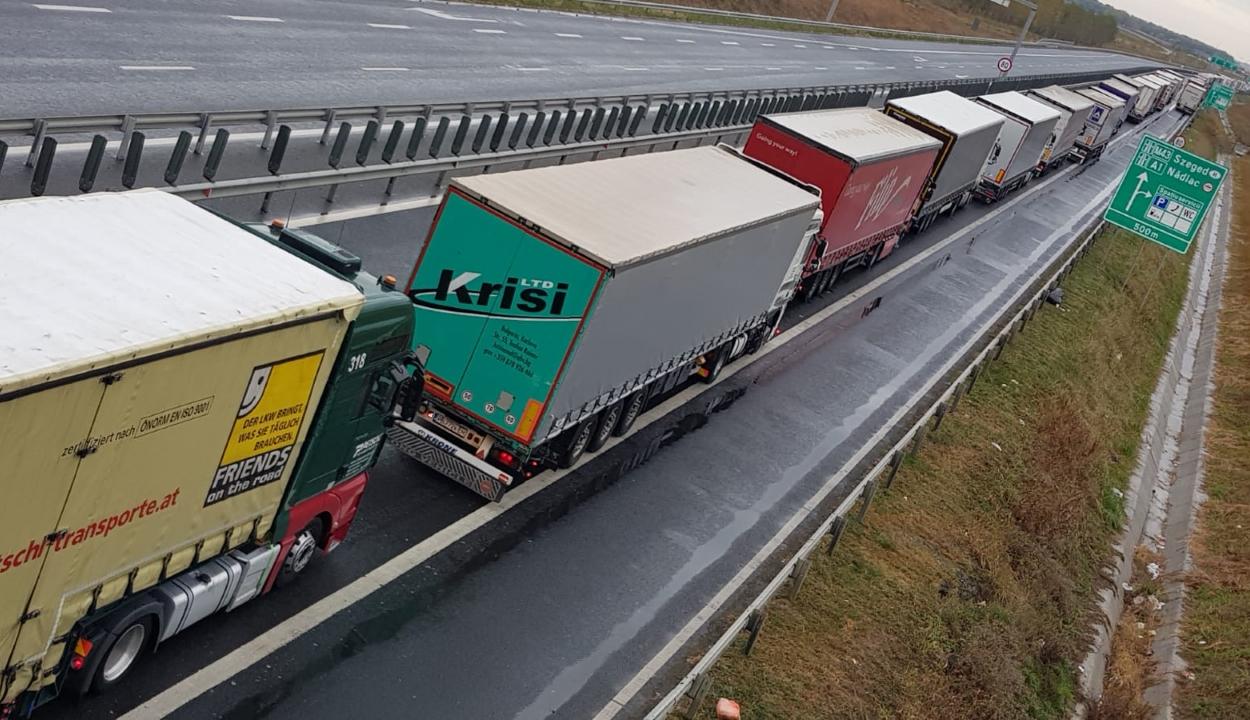 Részeg román kamionsofőrt tartoztattak le Németországban