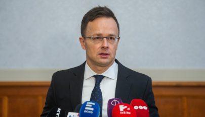 Szijjártó: a Romániát érintő magyar álláspontot is befolyásolhatja a magyarellenesség