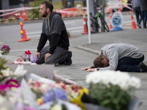 Kétszázan nézték élőben a Facebookon az új-zélandi mészárlást