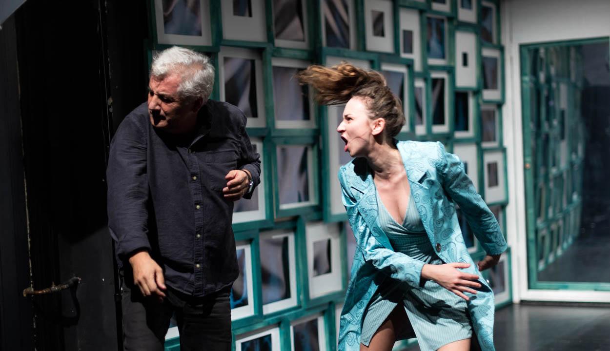 Csiky Gergely színház: Romlás