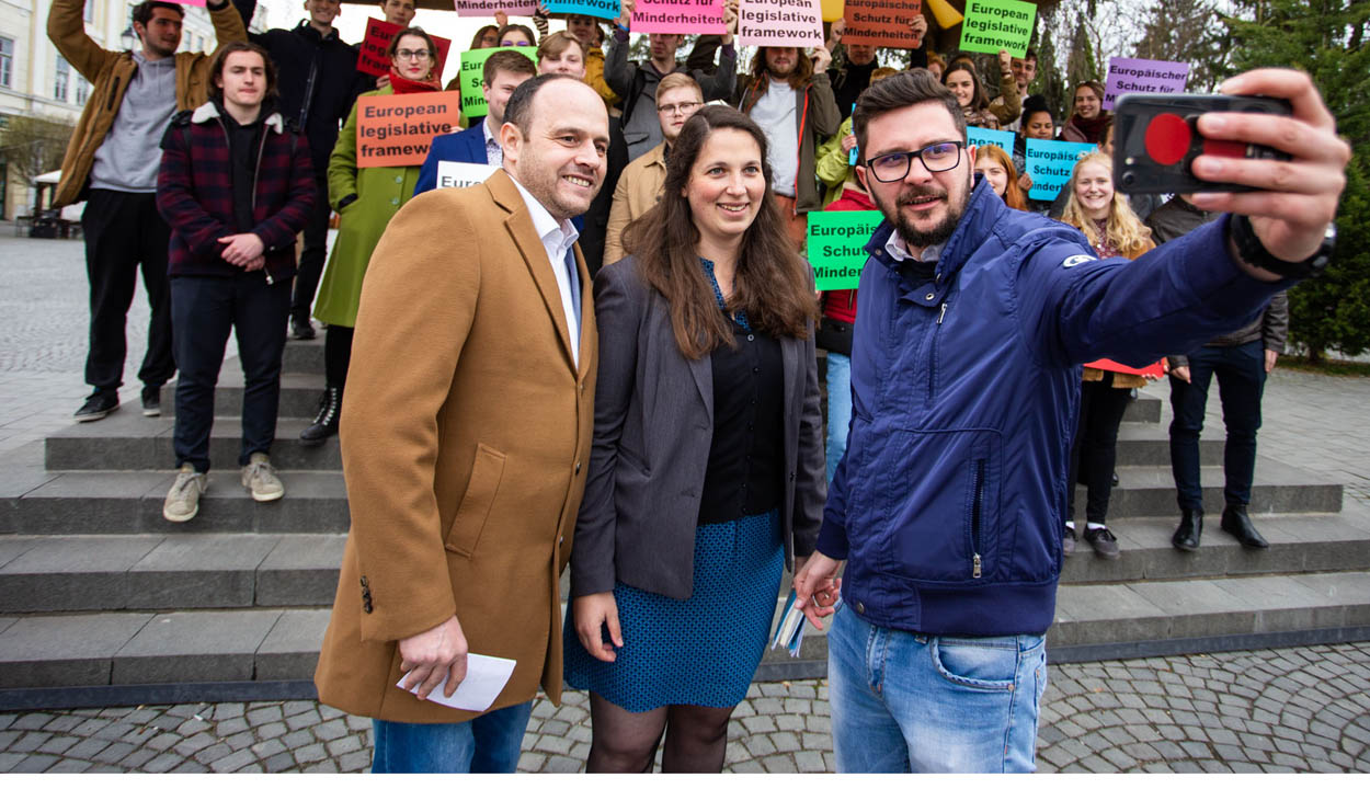 Üzentek az EU-nak a fiatalok