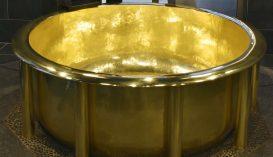 154 kilogrammos arany fürdőkád lett Guinness-rekorder