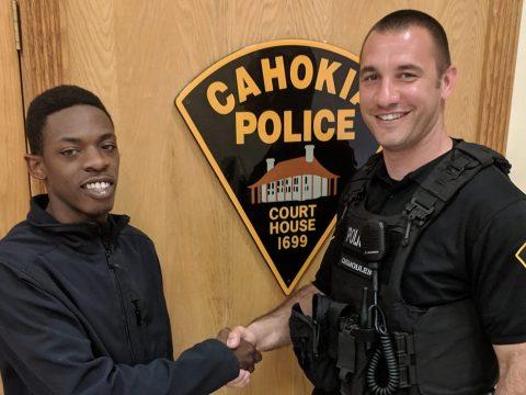 Büntetés helyett álláshoz juttatta a rendőr a szabálytalan autóst