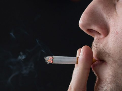 A világ népességének közel egyhetede dohányzik
